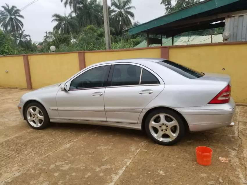 Mercedes c230,working perfect,ac chilling at afforable class 0