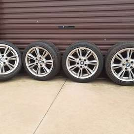Set of 4 BMW  17 inch alloy rims and tyres