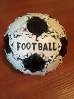 Skarbonka piłka nożna - football czarno - biala
