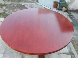 Board Table Round