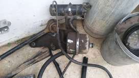 Freightliner Power steering reserviour  and Aircon tank