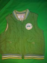 Тёплая жилетка на мальчика или на девочку 6-9 месяцев