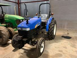 New Holland TT45 Tractor