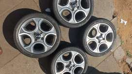 15inch Kia rims and tyres