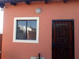Room available for rental in klipfontein view midrand