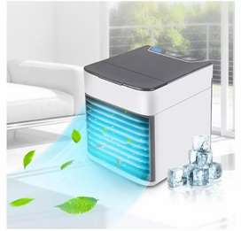 Arctic Air Cooler, Humidifier and Night Light (C412)