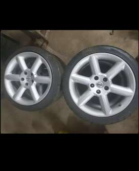 Nissan 18'' 5holes Rims with Tryers