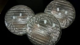 Лампы для прожектора в бассейне