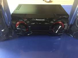 Brand new Panasonic CD Stereo System SC-AKX220