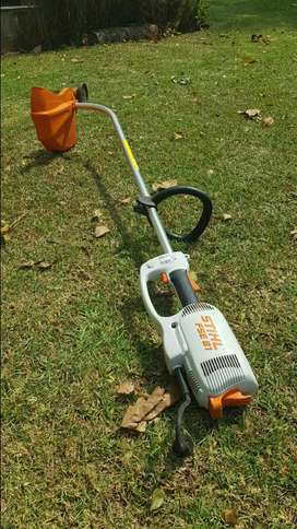 ELECTRIC BRUSH CUTTER| STIHL FSE 81 *BARELY USED*