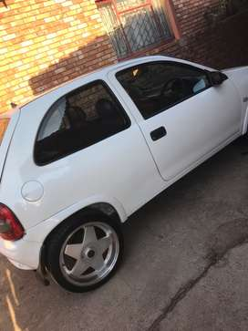 2002 Opel Corsa Lite with rims