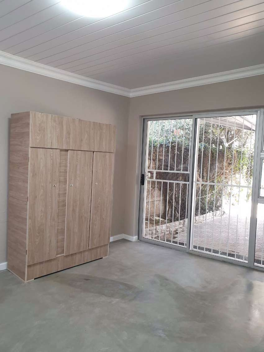 Modern Student Rooms to Rent 0