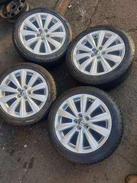4 × polo tsi mags and tyres are still