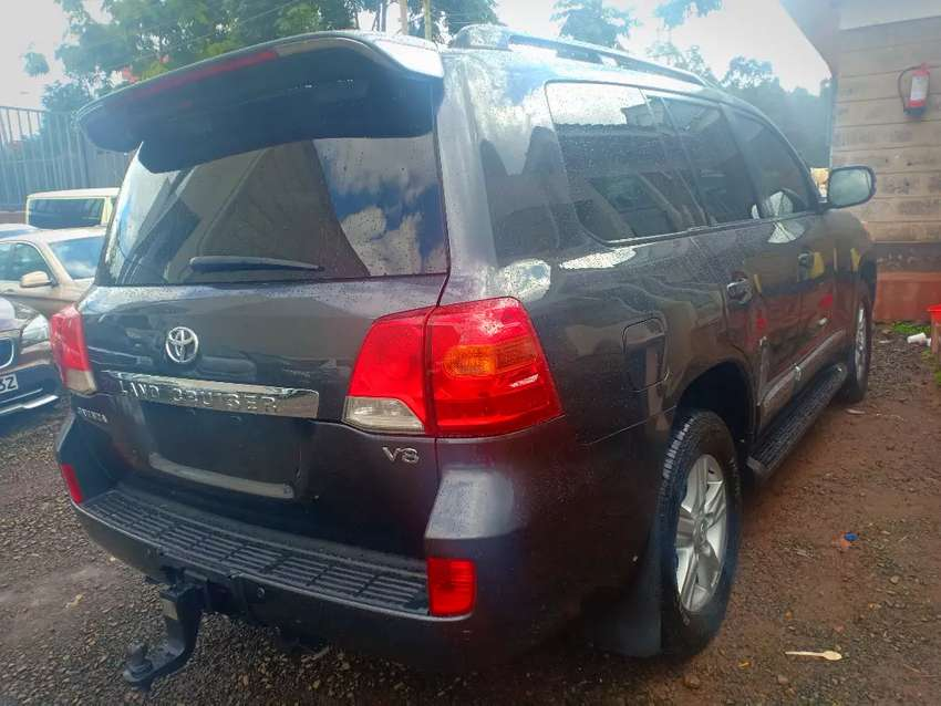 Landcruiser VX Diesel 2012,Fully Loaded 0