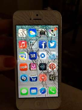 Cash for damaged IPhone 5's and iphone 6's