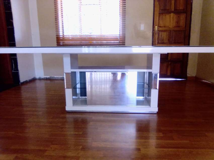 Dining Room Glass Table New. 0