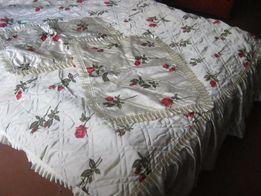 Комплект новый покрывало на кровать и наволочки