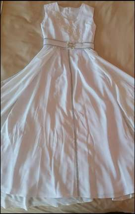 White Confirmation dress