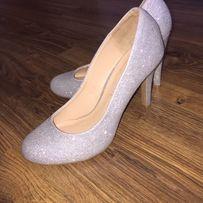 Красивые нарядные туфли kelly&katie серебро, блестки