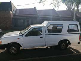 NISSAN NP300 HARDBODY LONG BASE SINGLE CAB IN EXCELLENT CONDITION