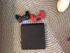 Perfect condition PS4