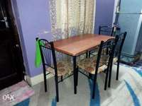 Four sitter table 0