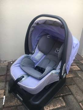 Stroller and baby carrier NEGOTIABLE