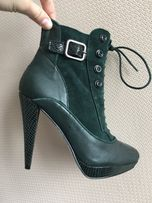 Ботинки новые Marks & Spencer 35 р.