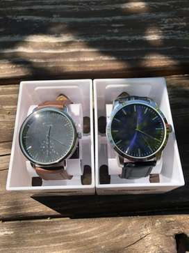 Both business watches for R500
