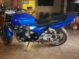 Immaculate xjr1300