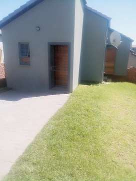 New development in South hills suburb ,Deposit R2000 and R5500 rental