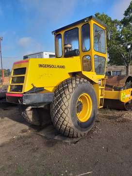Ingersoll-rand hd 100d smooth drum roller