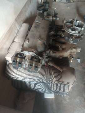 Fiat palio cylinder head and throttle body, am selling only this