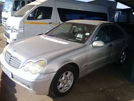 2002 Mercedes Benz  C180 compressor