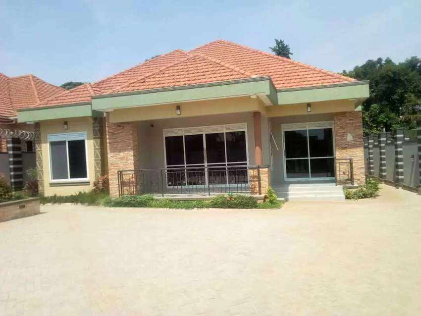 Located in Kitende;  4bedrooms 3bath bungalow for sale 0