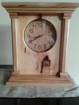 New hand made Solid wood Mantle clock