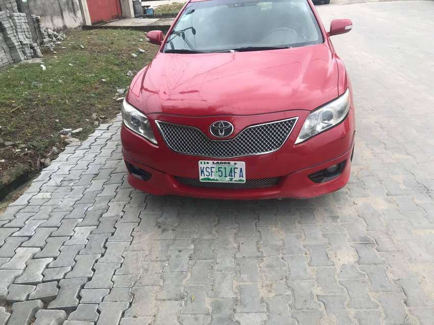 Clean 2008 Toyota Camry SE 0