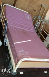 Image of Medical/hospital bed