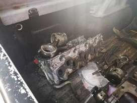 3.0 Nissan hardbody gear box and complete engine for saa
