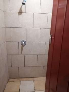 A room available for rent in Gezina for 2500 toilet and shower inside