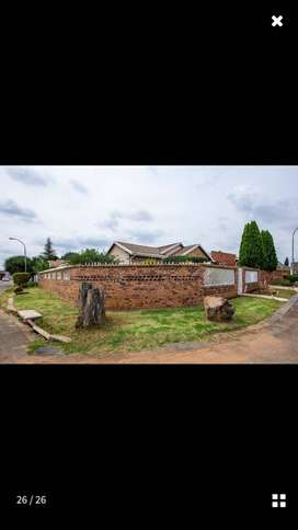 House for sale - Ennerdale R780 000