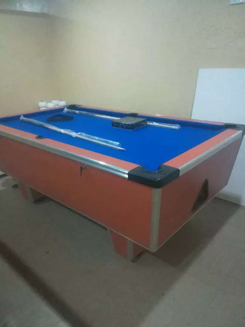 Home (not coin operated) slate top pool table 0