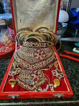 Bridal set and additional jewelry