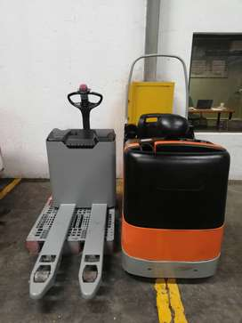 Pallet Truck and Tow Motor Combo