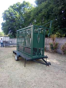 Mobile Cattle body clamp scale.