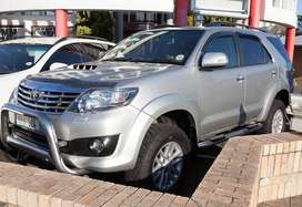 TOYOTA FORTUNER 3.0 D4D 4X4 SUV