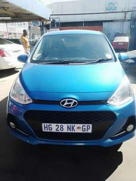 HYUNDAI i10 2018 model, driving perfectly, mint condition,