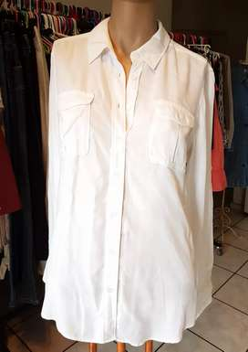 Country Road Small white blouse