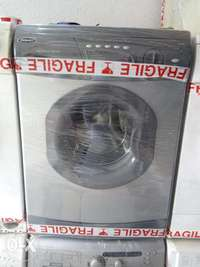 Hotpoint washing and spin 7kg with one year warranty. 0
