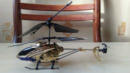 Продам вертолёт на д.у ( корпус металл)